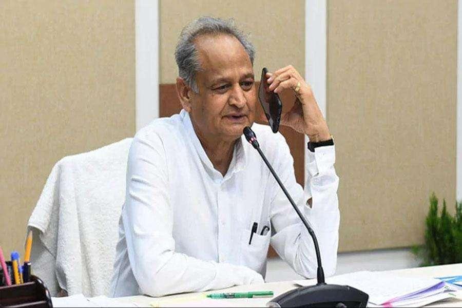 मुख्यमंत्री गहलोत ने की राजस्थान में नाइट कर्फ्यू हटाने की घोषणा