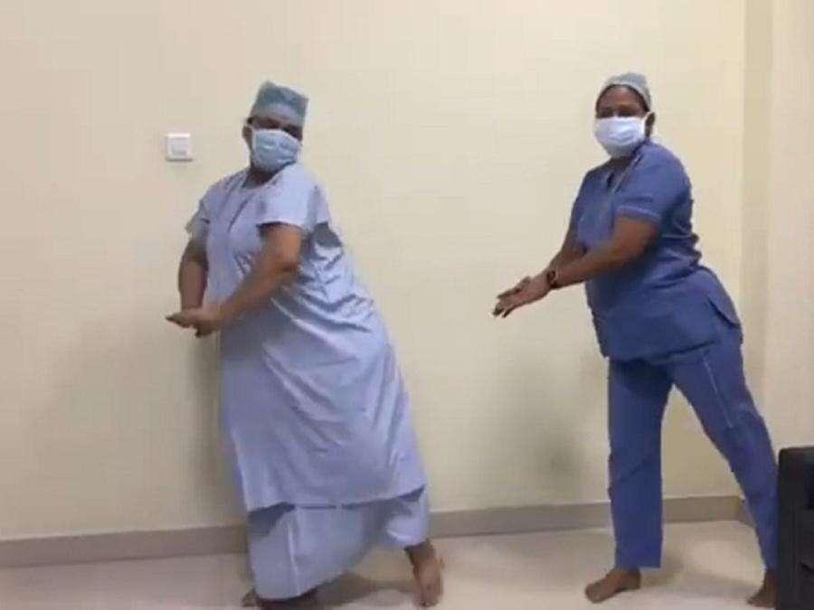 प्रसव से 10 मिनट पहले गर्भवती महिला ने डॉक्टर संग किया डांस, वीडियो हुआ वायरल