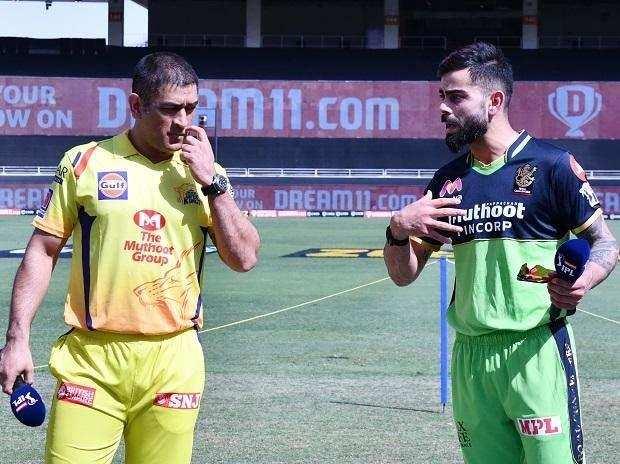 IPL 2020 RCB vs CSK Match Live Updates: हार की हैट्रिक के बाद चेन्नई ने चखा जीत का स्वाद, RCB को 8 विकेट से हराया