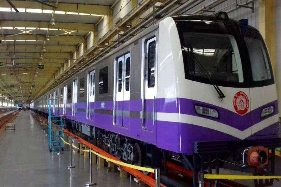 कोलकाता मेट्रो में अब नहीं लगेगा ई पास, 18 जनवरी से बढेंगे फेरे