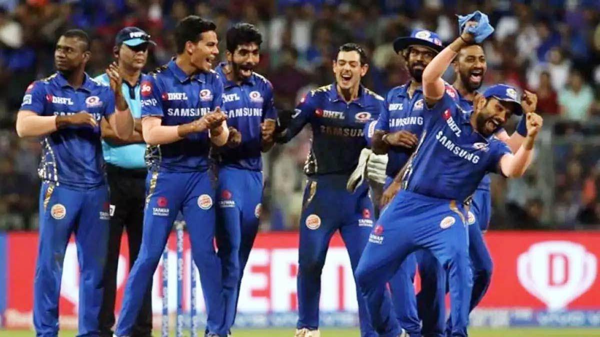 IPL 2020: मुंबई इंडियंस और चेन्नई सुपर किंग्स के बीच कड़ी टक्कर, जानिए दोनों टीमों की संभावित प्लेइंग XI