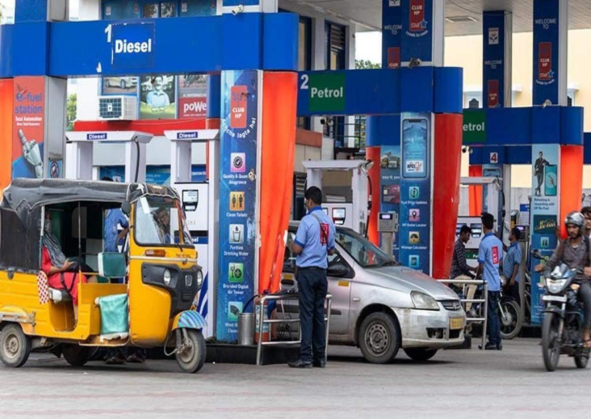 शनिवार, 24 अक्टूबर: जानिए, आज के पेट्रोल-डीजल का भाव