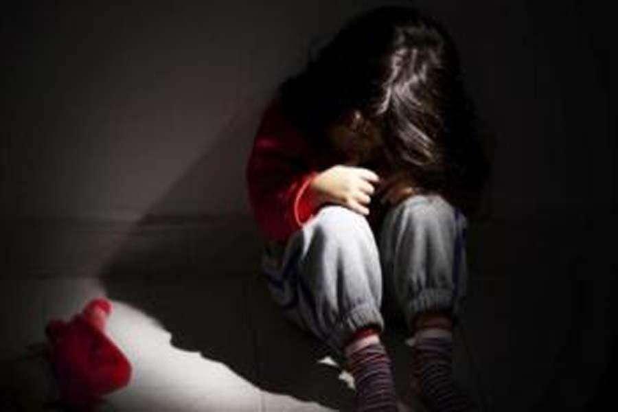 अलवर एक बार फिर शर्मसार: नाबालिग बच्ची से चाचा ने किया दुष्कर्म, पुलिस ने आरोपी को किया निरुद्ध