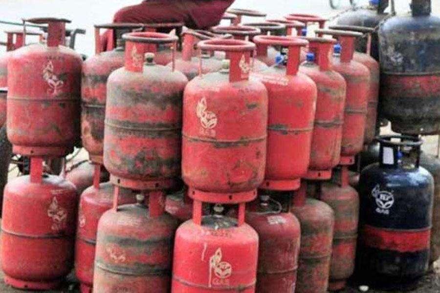 LPG गैस पर मिलने वाली सब्सिडी आपके खाते में जमा हो रही या नहीं, घर बैठे ऐसे करें चेक