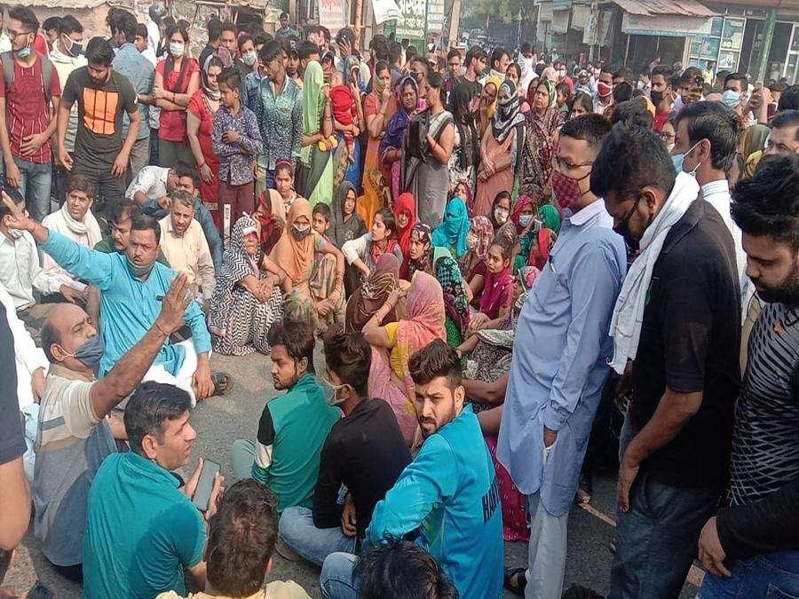 निकिता हत्याकांड: आक्रोशित लोगों ने काटा बवाल, आरोपितों को फांसी देने की मांग
