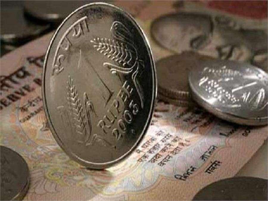 रुपया अमेरिकी डॉलर के मुकाबले 23 पैसे गिरकर 73.84 रुपये प्रति डॉलर पर बंद