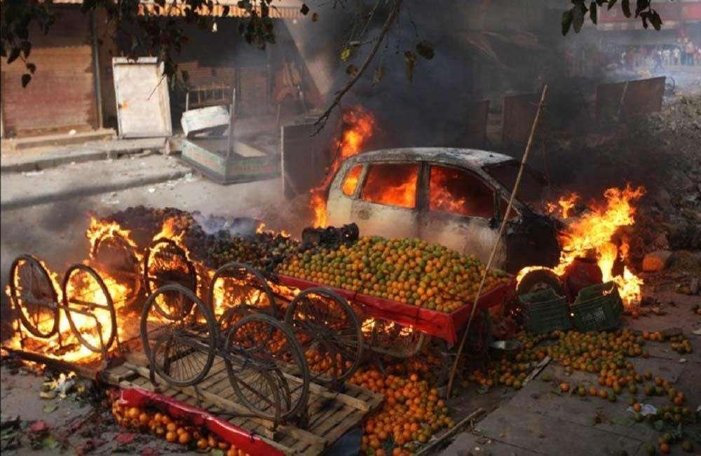 दिल्ली हिंसा: दो SIT गठित, मृतकों की संख्या पहुंची 38, अब तक 48 FIR दर्ज, 106 लोग गिरफ्तार
