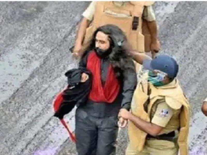 सिख सुरक्षा कर्मी की पगड़ी खींचने की घटना को लेकर राज्यपाल ने ममता सरकार को फिर दी नसीहत