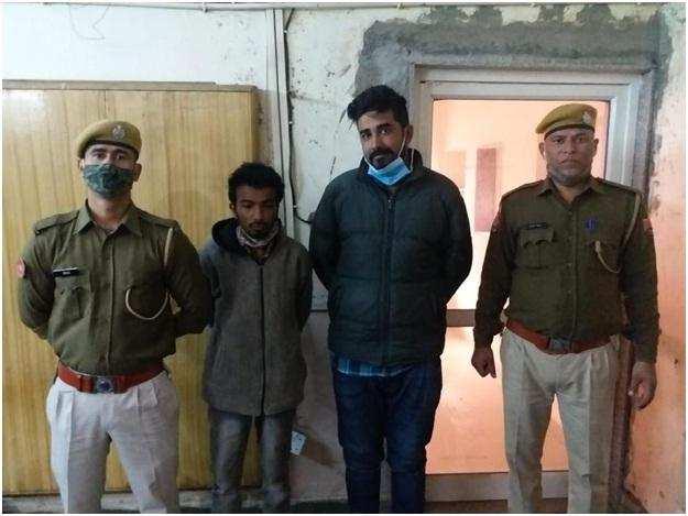 दो अन्तर्राज्यीय तस्करों को गिरफ्तार कर की 424 ग्राम चरस बरामद