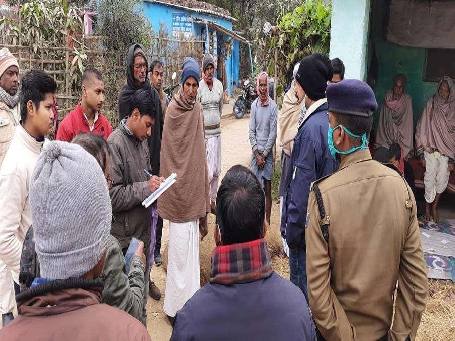 SDO ने रमौली पंचयात में चल रहे नल जल योजना और प्रधानमंत्री आवास योजना का लिया जायजा