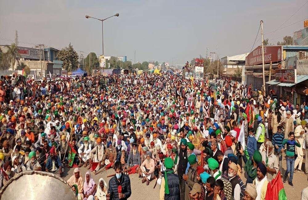 दिल्ली चलो मार्च: कुछ इस तरह बदलती गई किसान आंदोलनों की जगह...
