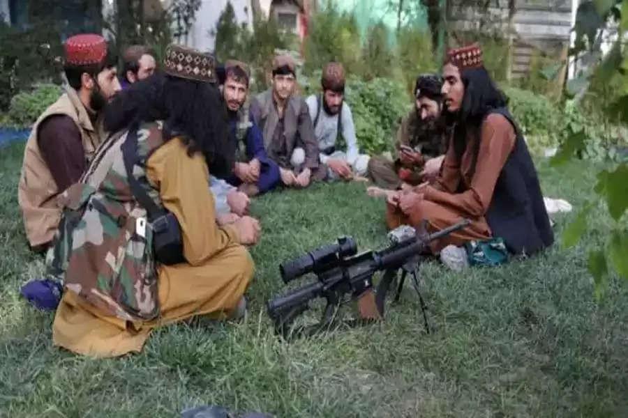अफगानिस्तान में तालिबान राज की वापसी के साथ ही एक के बाद एक अजीब फैसले लिये जा रहे हैं